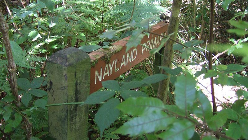 nayland-primary-sign